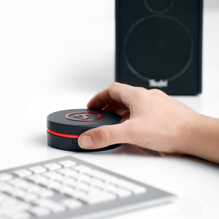 The Concept E provides outstanding sound for laptop, PCs and consoles.