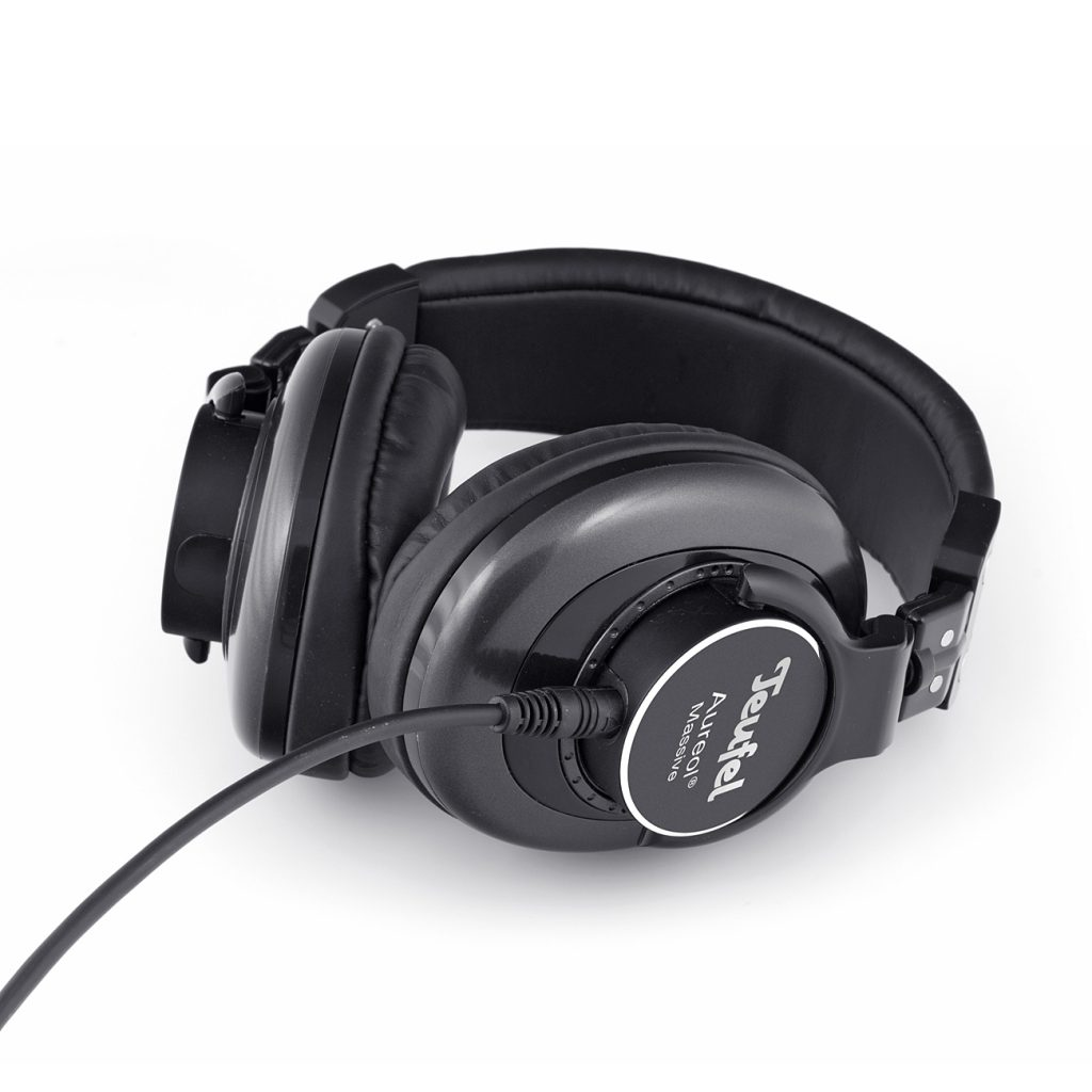 closed headphones - TEUFEL MASSIVE - product image