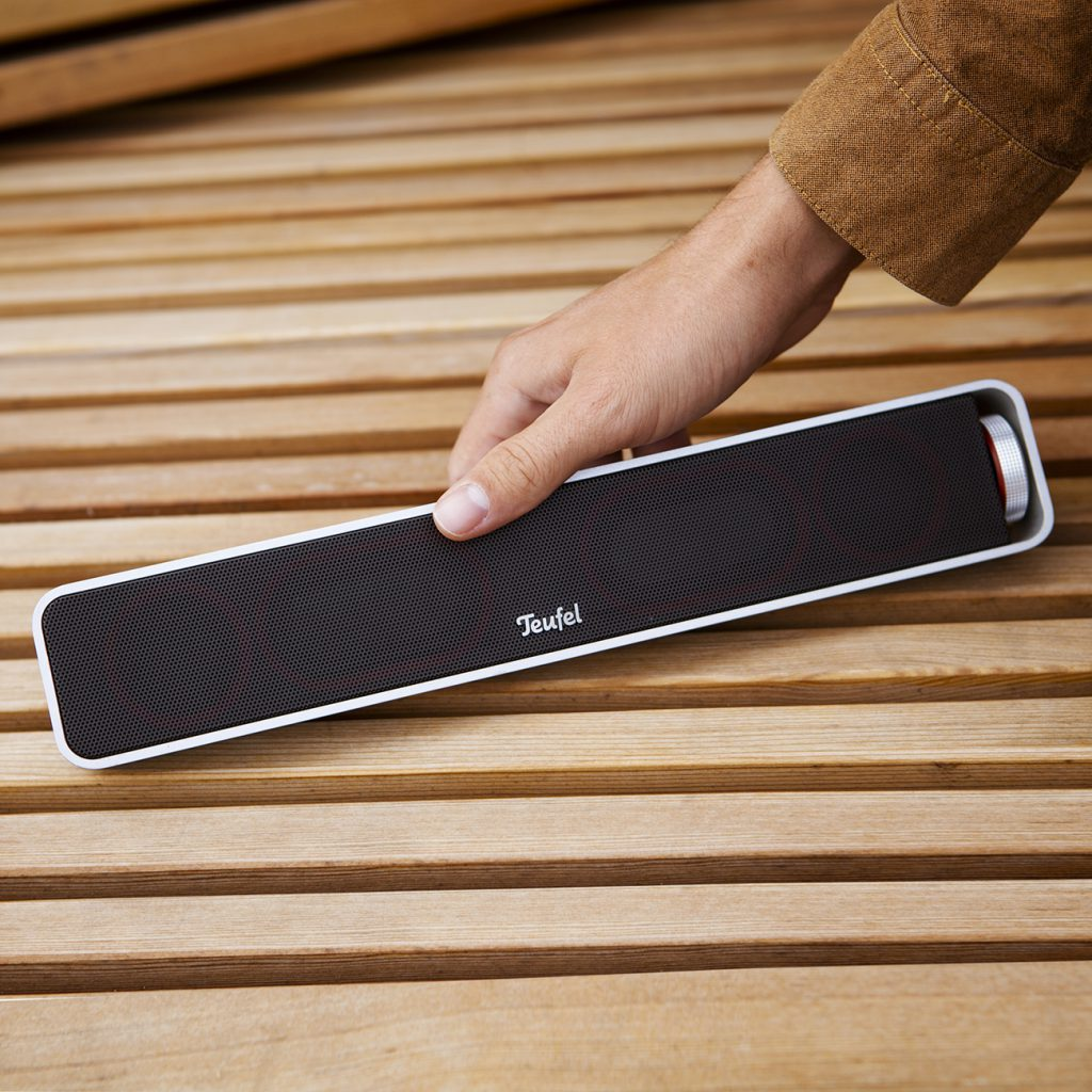 BAMSTER portable speaker for smartphones